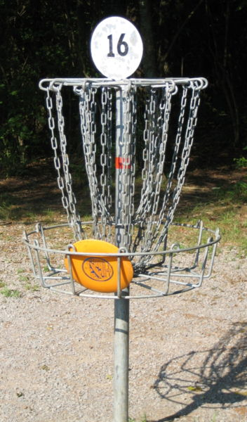external image 352px-Disc_golf_in_basket.JPG
